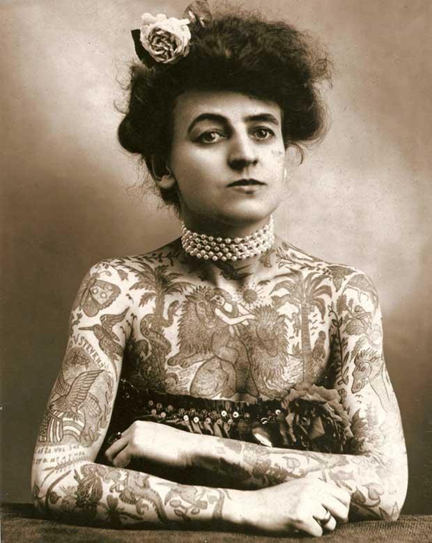 Maud Wagner, la primera tatuadora americana. [1907]